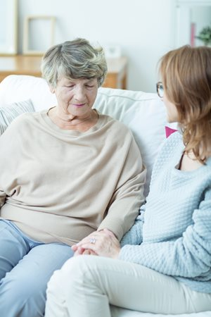 how to become a live in caregiver